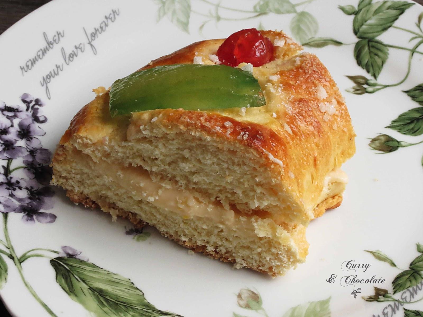 Roscón de Reyes relleno de crema pastelera