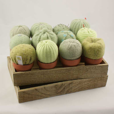 knitted cakes and cactus