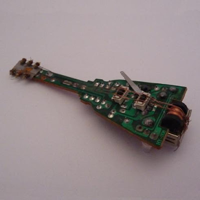 Creative and Cool Ways to Reuse Old Circuit Boards (15) 12