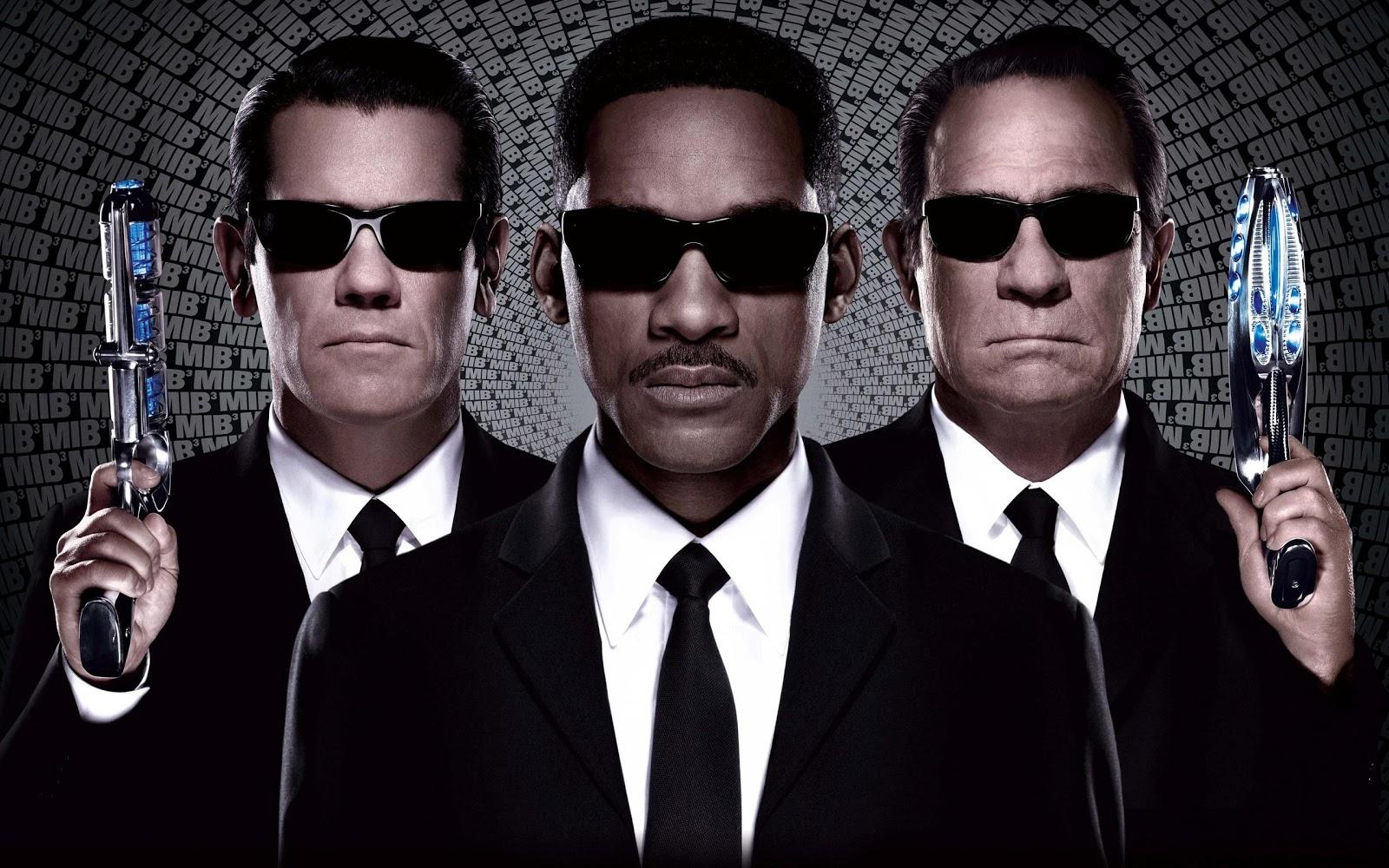 http://2.bp.blogspot.com/-4DKNE6CK6aY/UJCSZO55hzI/AAAAAAAAG2o/lW0K1YPS03U/s1600/Men-in-Black-3.jpg