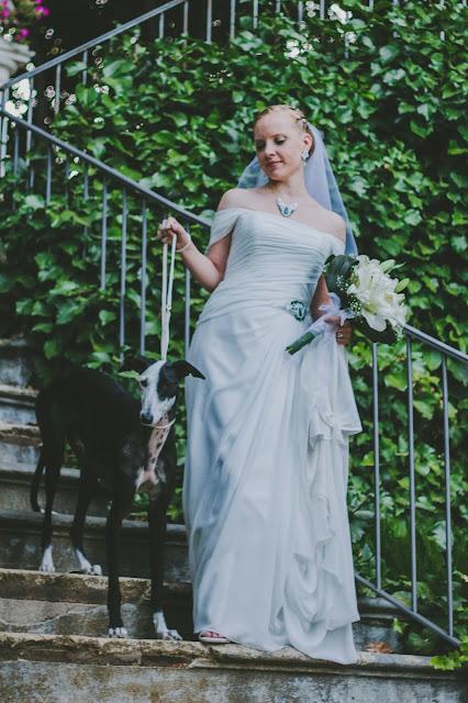 komplet ślubny sutasz: kolczyki, naszyjnik i aplikacja na suknię ślubną