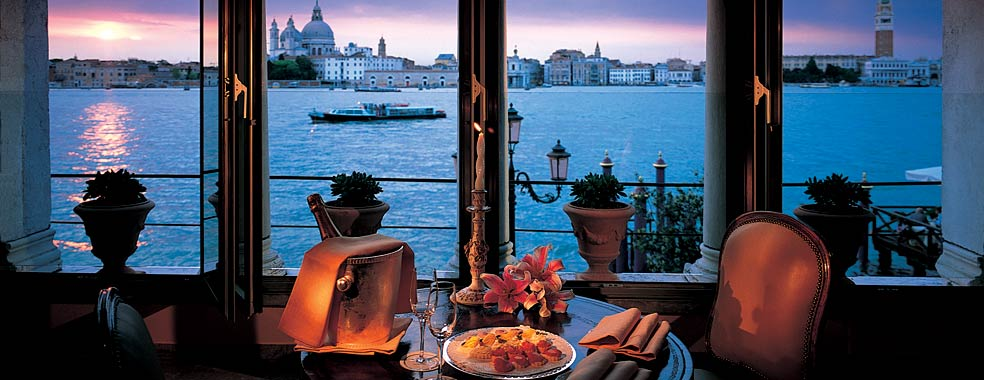 Luxury hotels of the world at the leading hotels of the for Exclusive hotels of the world
