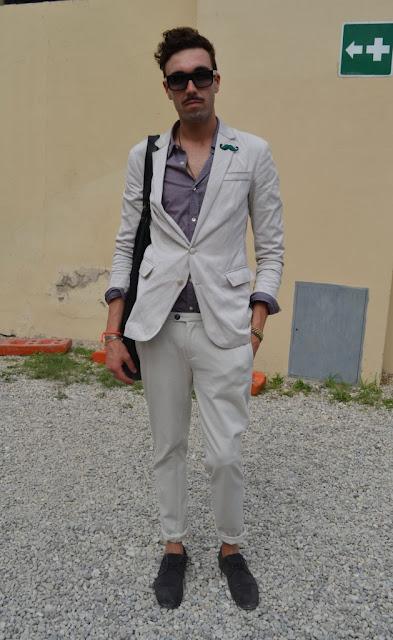 แฟชั่นชุดสูท