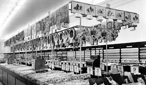 Commercial Road Woolworths Christmas 1950