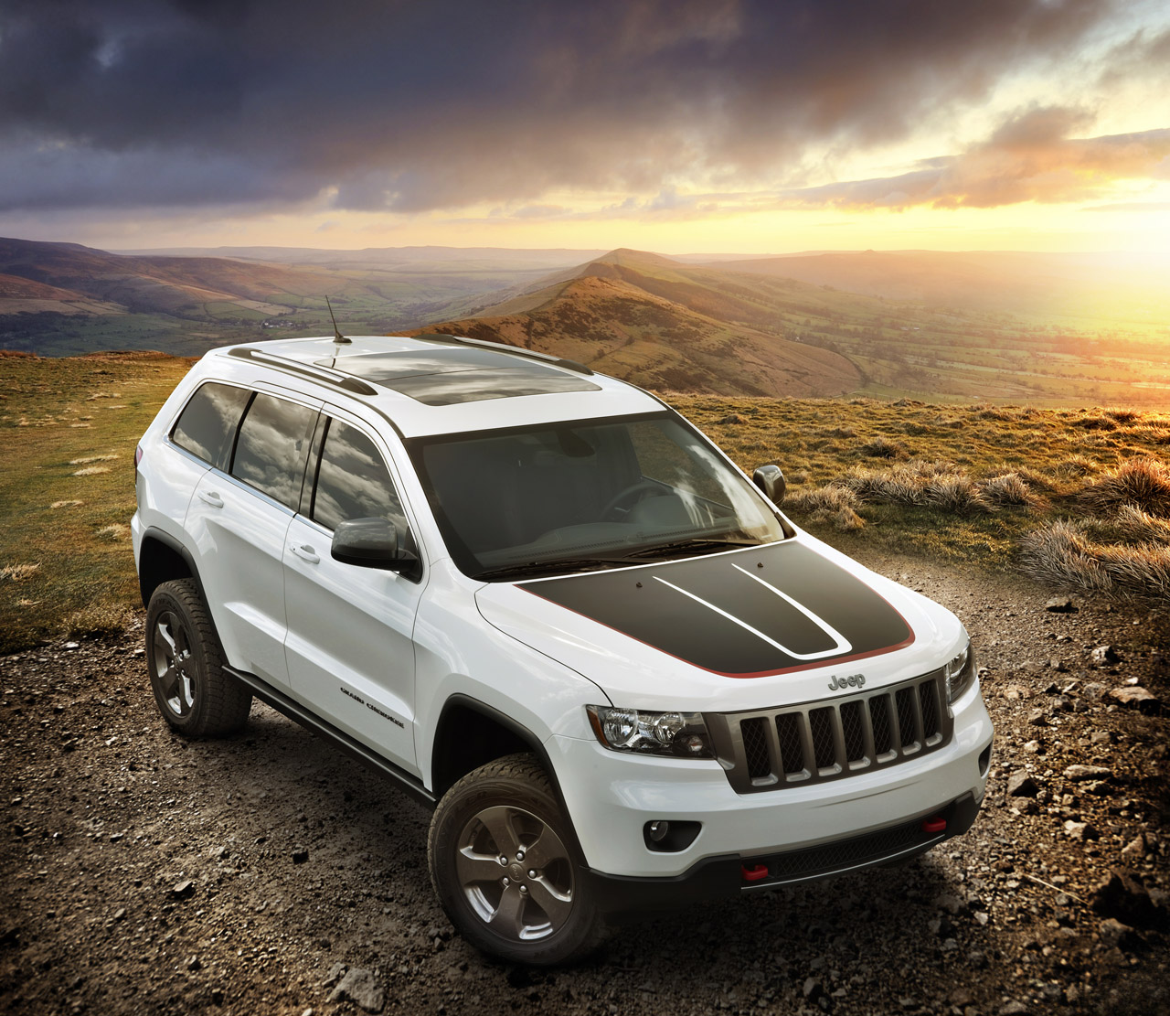 2010 - [Jeep] Grand Cherokee - Page 4 2013+jeep+grand+cherokee+trailhawh