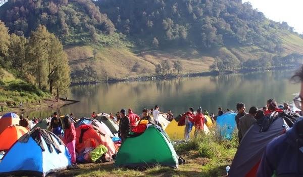 Dua Pendaki yang Hilang di Semeru Ditemukan Selamat