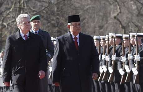 Presiden - Indonesia Tak Pernah Gunakan Alutsista untuk Bunuh Rakyatnya