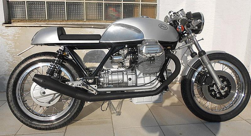 racing caf moto guzzi old school caf racer 1100 by radicalguzzi. Black Bedroom Furniture Sets. Home Design Ideas