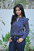 Nithya Shetty dazzling photo shoot-thumbnail-10