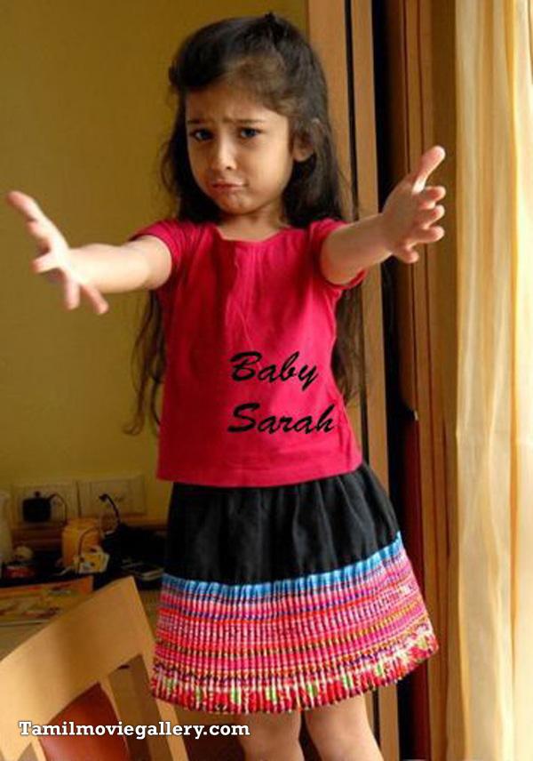 Sara Cute Photos Stills , Child Artist Sara Stills, Sara Photos, Deiva Thirumagan Nanna Child Artist Gallery