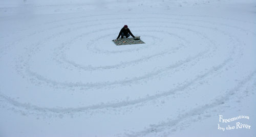Making a spiral in the snow Freemotion by the River