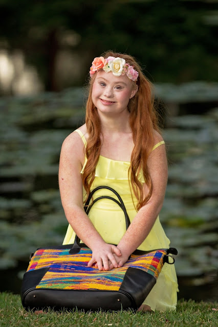 Madeline Stuart for everMaya yellow - Hello, Handbag