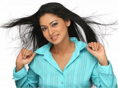 Tamil Actress Pooja
