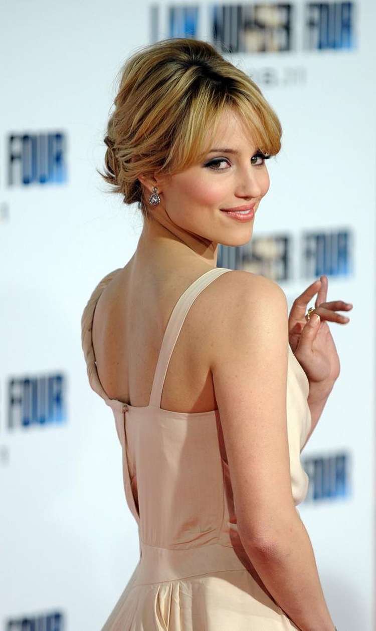 Fresh Look Celebrity Dianna Agron Hairstyles 31