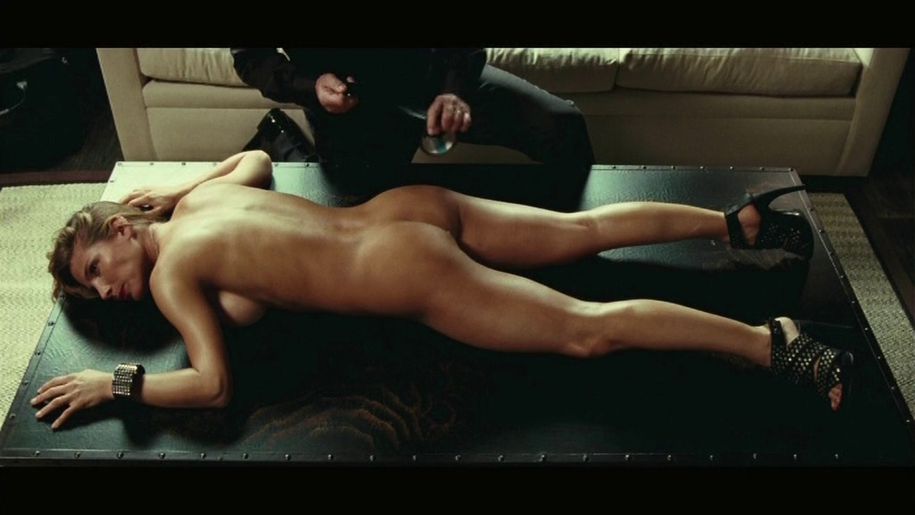 Elsa Pataky Desnuda Di Hollywood