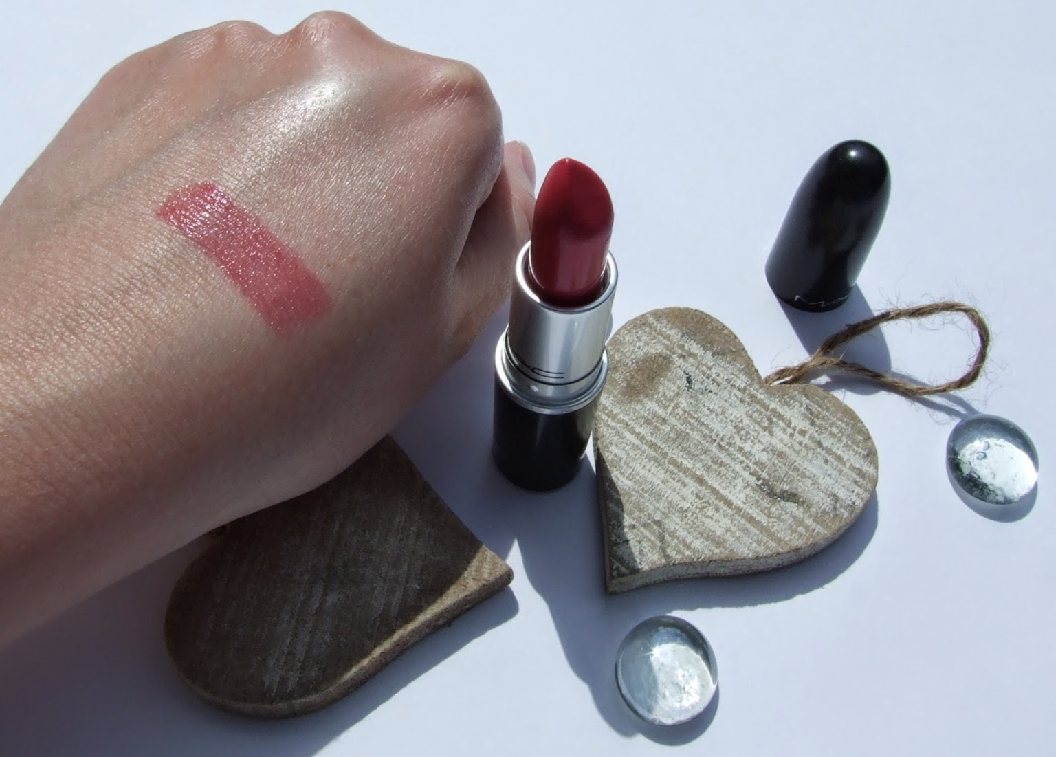 MAC Lustering lustre lipstick review swatch beauty blogger