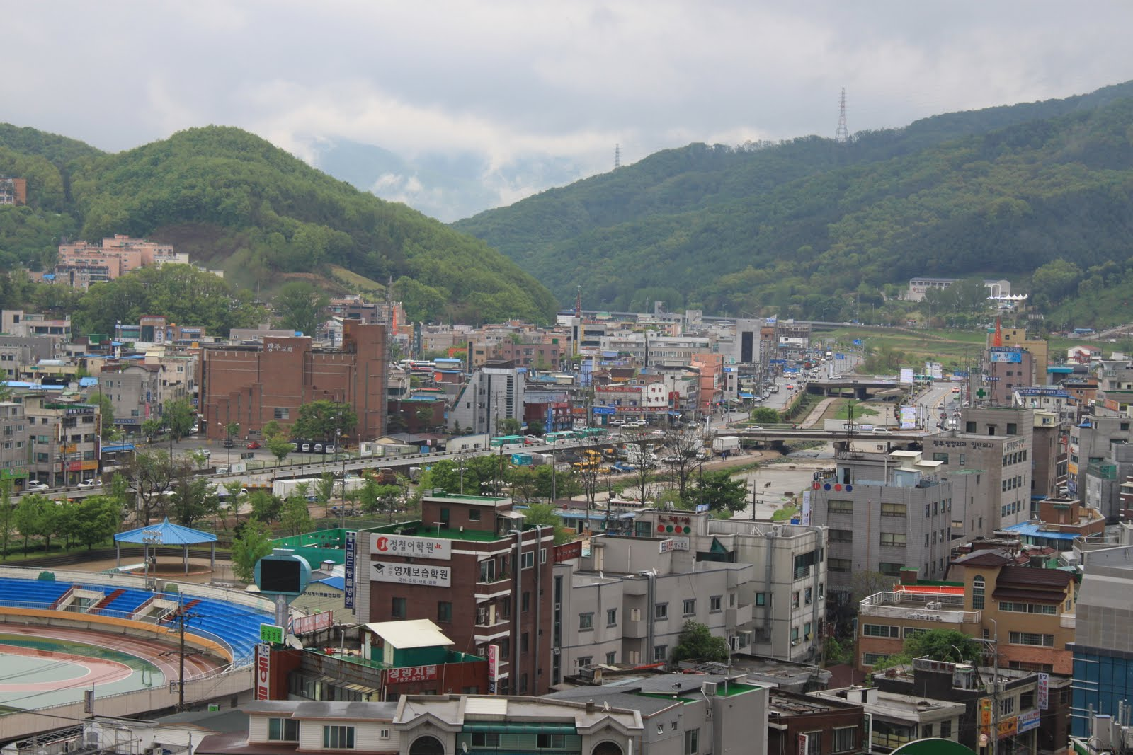 Hanam-si South Korea  city photos gallery : ... see in South Korea but it was pretty new and the rooms were spacious