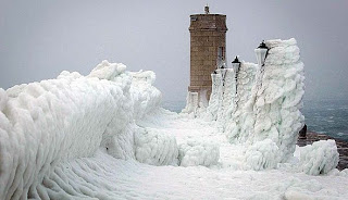 """Brutal_cold_in_Europe_sea_front_frozen_image"""