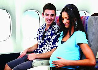 Bolehkah Ibu Hamil Naik Pesawat
