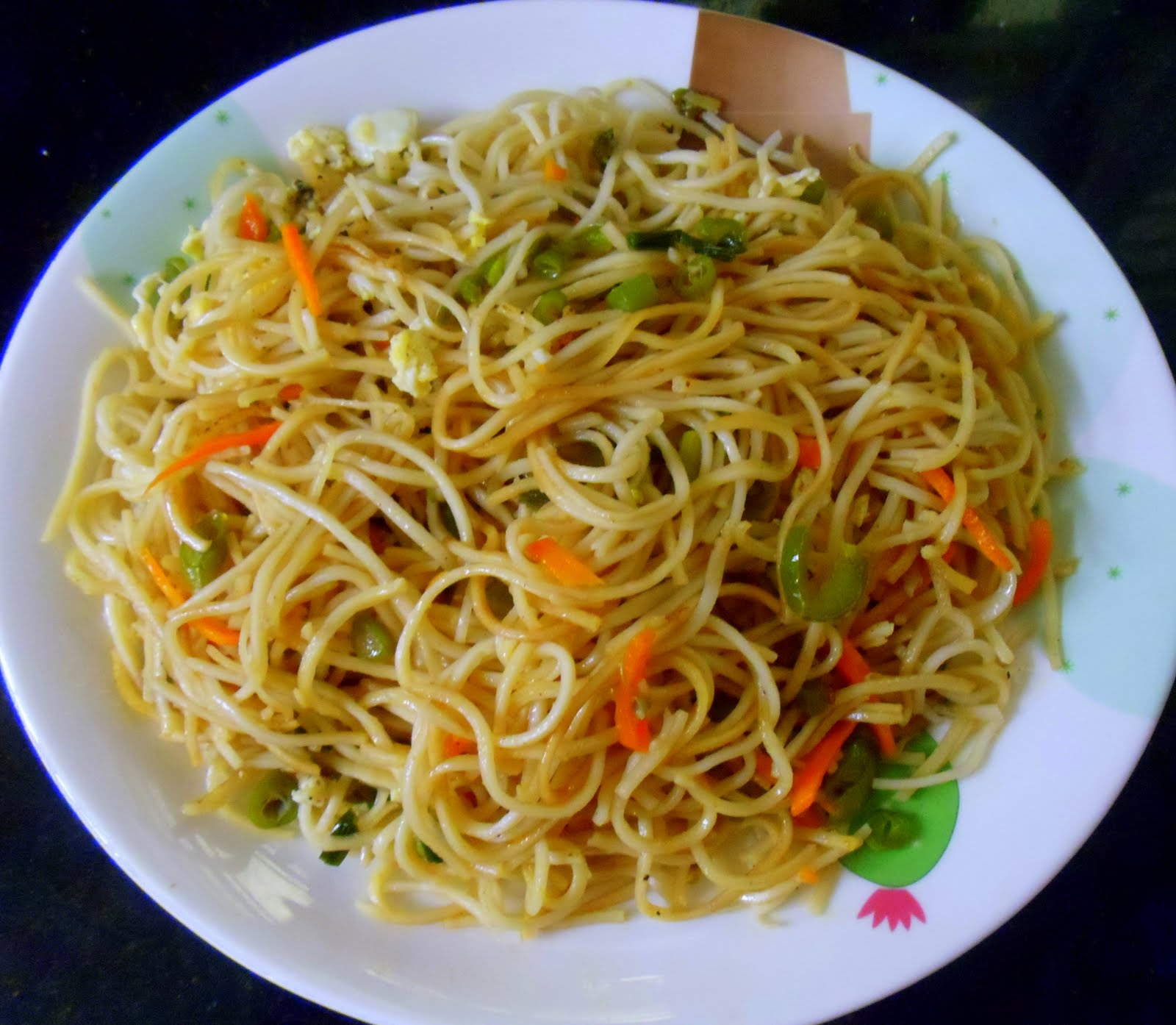 Best food recipes in sri lanka egg noodles sri lankan style serves 5 6 forumfinder Gallery
