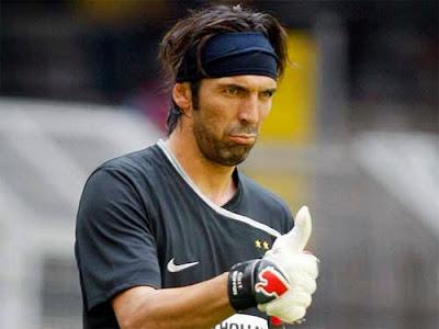 Buffon pernah menolak tawaran Barcelona