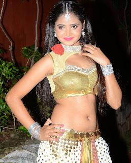 Shreya Vyas 6.jpg