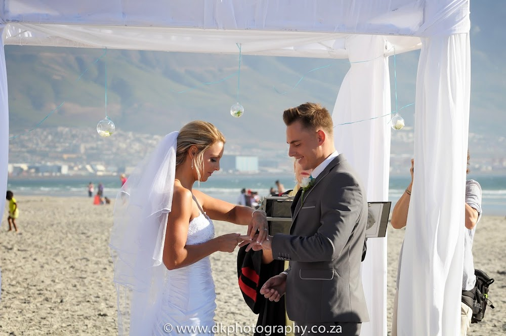DK Photography _DSC6684 Wynand & Megan's Wedding in Lagoon Beach Hotel  Cape Town Wedding photographer