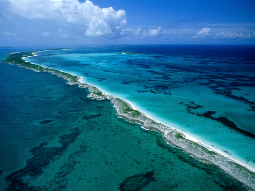 http://2.bp.blogspot.com/-4FY6FHRScy0/Tcktb2Dni-I/AAAAAAAAABM/pQ56jbHlBQs/s1600/bahamas_islands_photo_wallpapers_01.jpg
