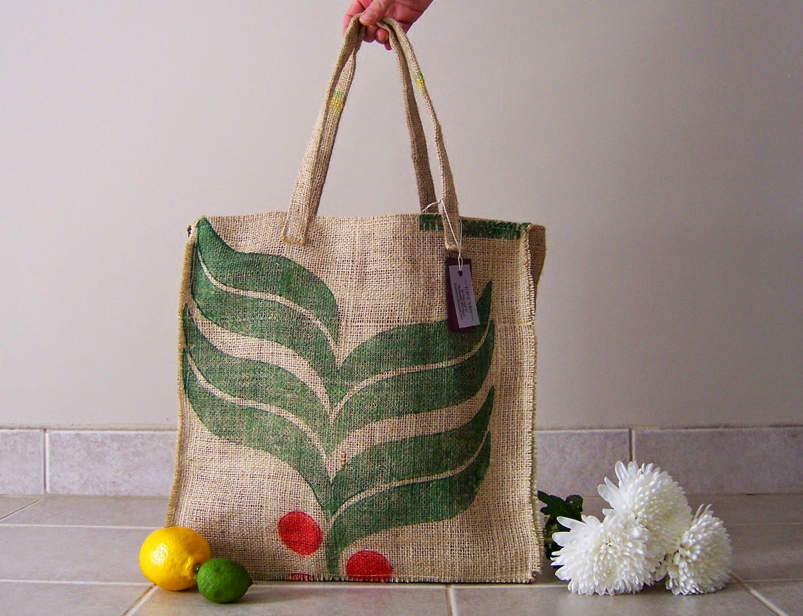Burlap Market Tote bag - Lina and Vi