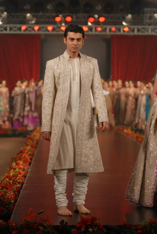 Style Amp Fashion Fawad Khan Amp Mahira Khan At Pfdc L Or 233 Al