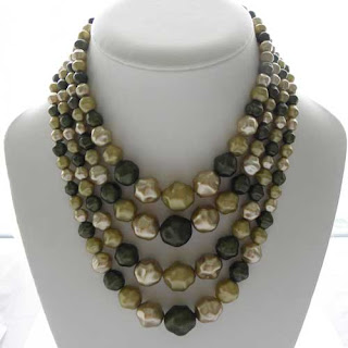 green bead Hong Kong necklace