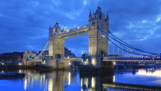 London Bridge Wallpaper