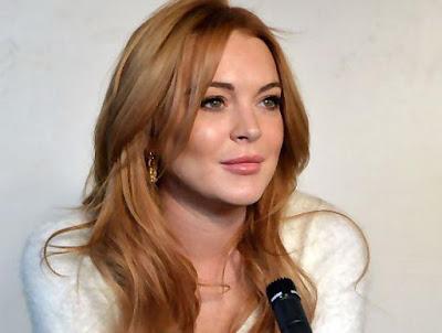 Lindsay Lohan artis yang suka gonta ganti pasangan