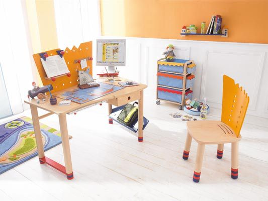 Escritorios y mesas de juego para ni os decoracion endotcom - Mesas escritorio para ninos ...