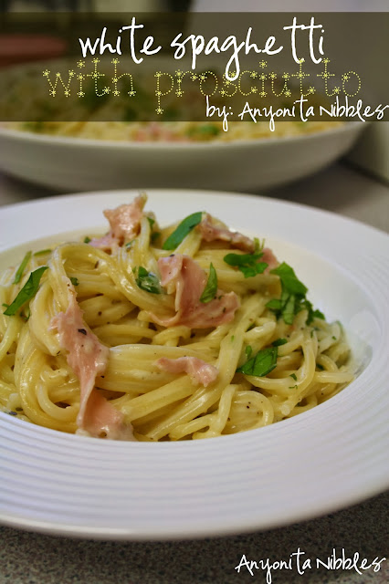 White Spaghetti with Prosciutto from www.anyonita-nibbles.com