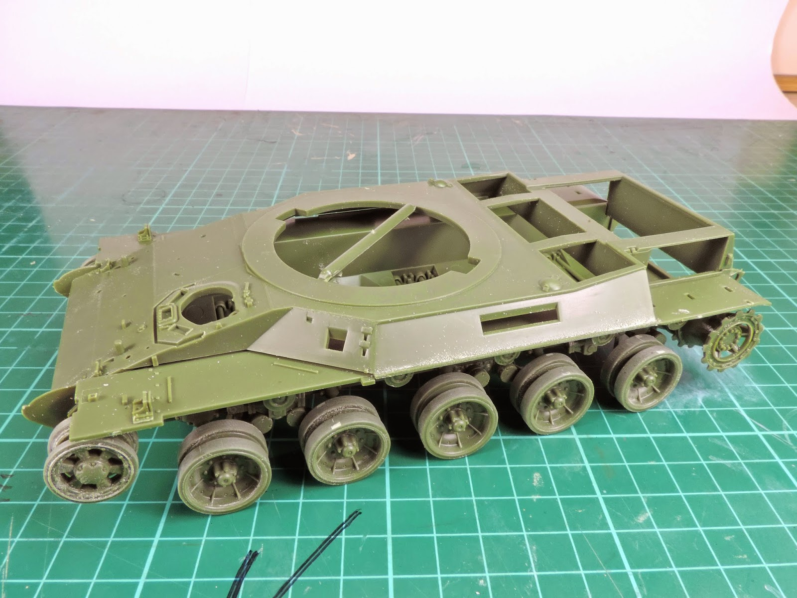 Internet Modeler Meng 1/35 AMX-30B French Main Battle Tank