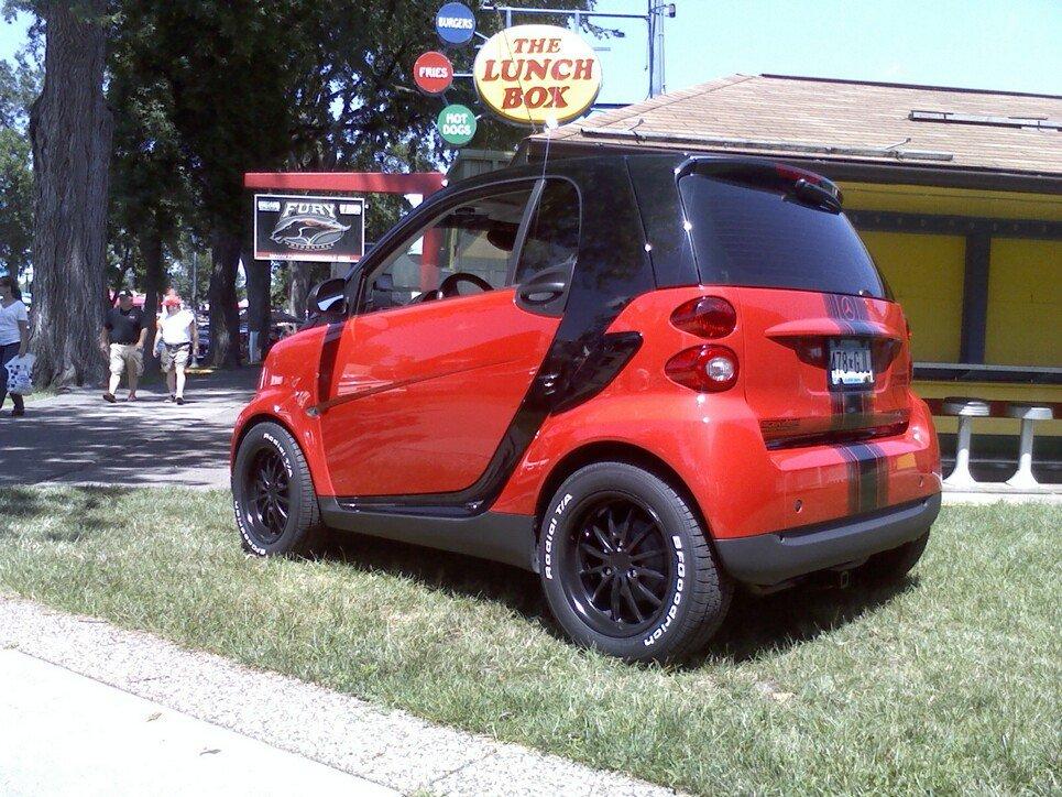 moto custom smart 451 rossa nera con gnoccolona. Black Bedroom Furniture Sets. Home Design Ideas
