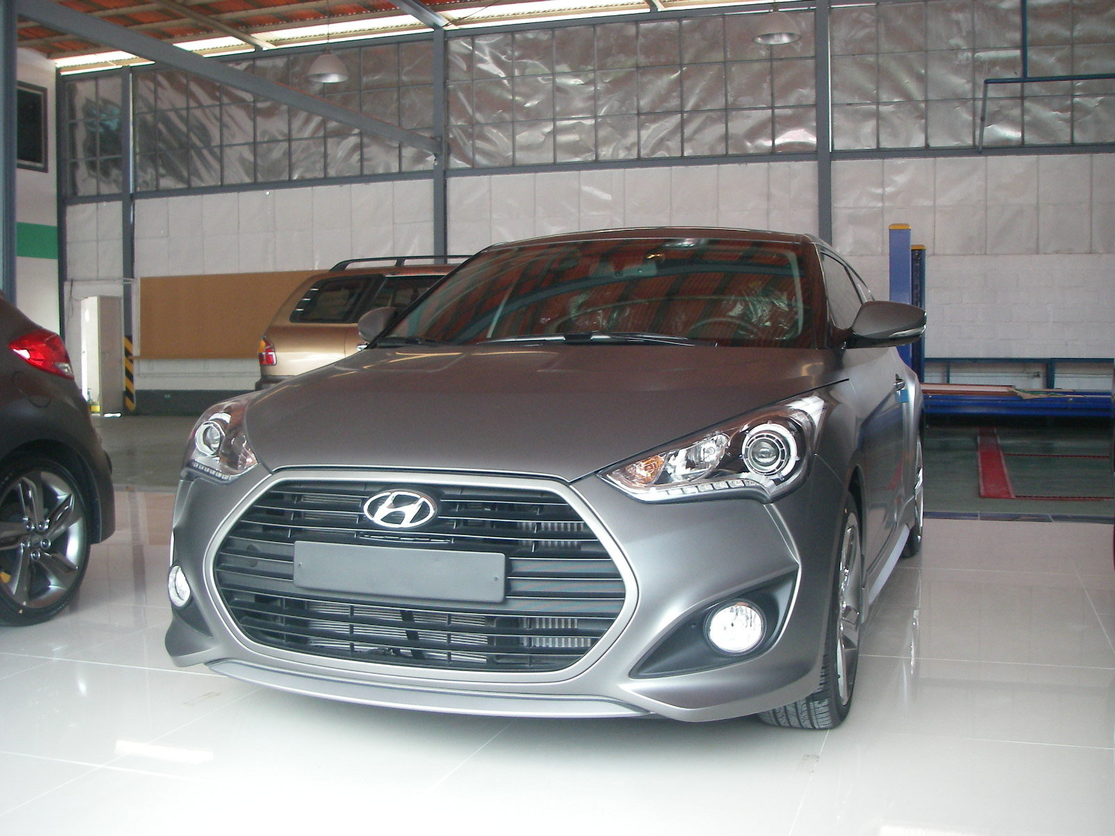 cars for sale in the philippines brand new 2013 hyundai veloster turbo. Black Bedroom Furniture Sets. Home Design Ideas