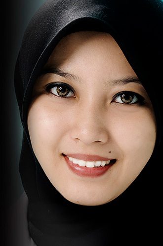 Gadis Melayu Memang Cantik Menawan Informasi Menarik Dunia 330x498.