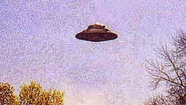 Dua Warga Dari Tempat Yang Berbeda Di Borough Mengaku Melihat UFO