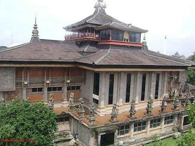 [Foto] Desain Rumah Adat Bali