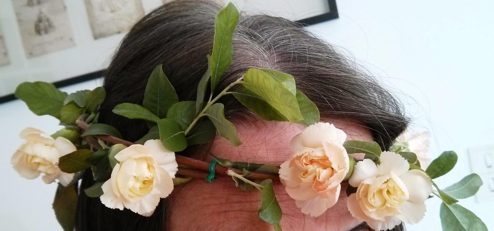 relooking easy diy couronnes de fleurs pour mes cheveux. Black Bedroom Furniture Sets. Home Design Ideas