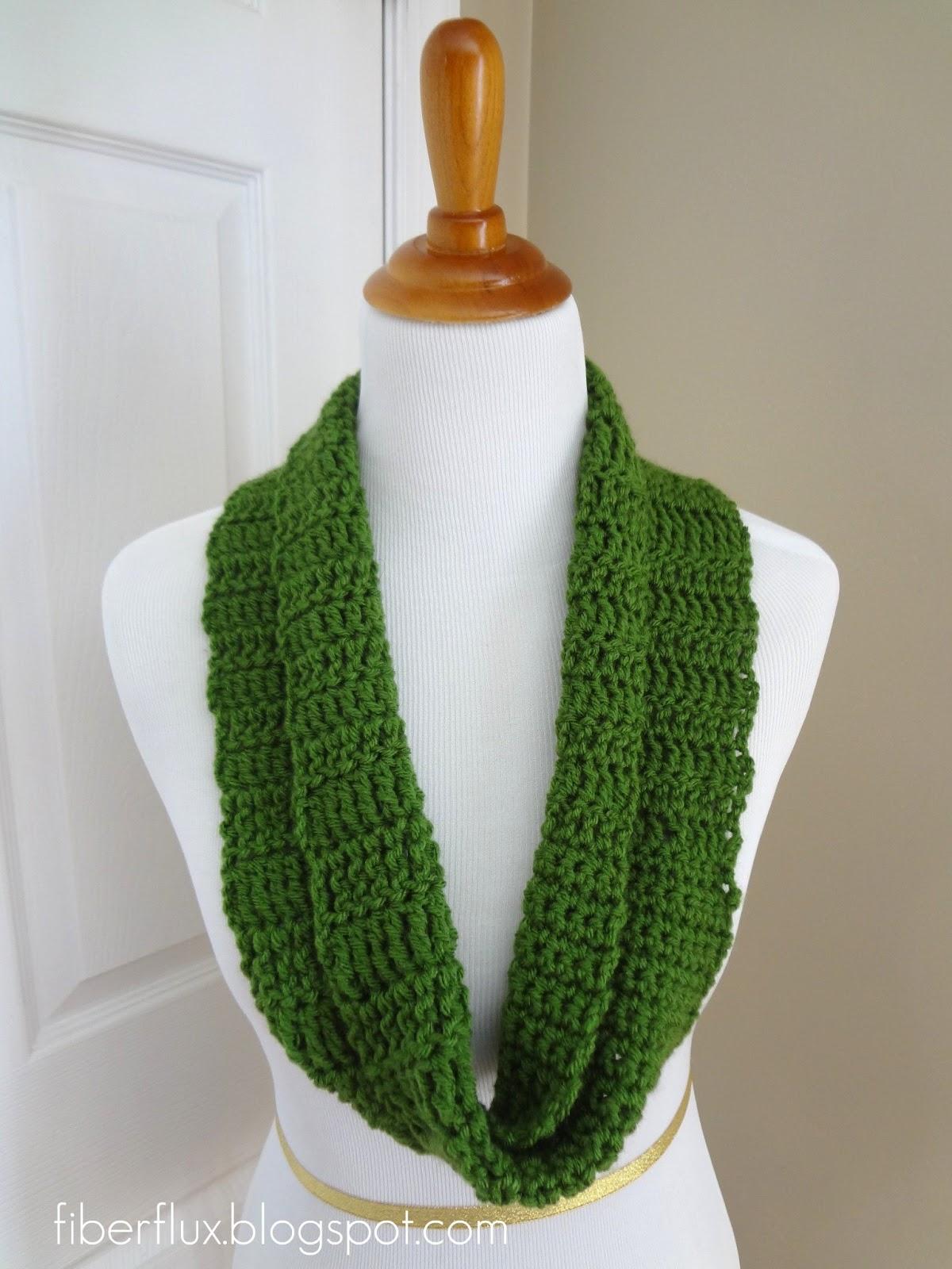 Fiber Flux: Free Crochet Pattern...Crochet Class Cowl!