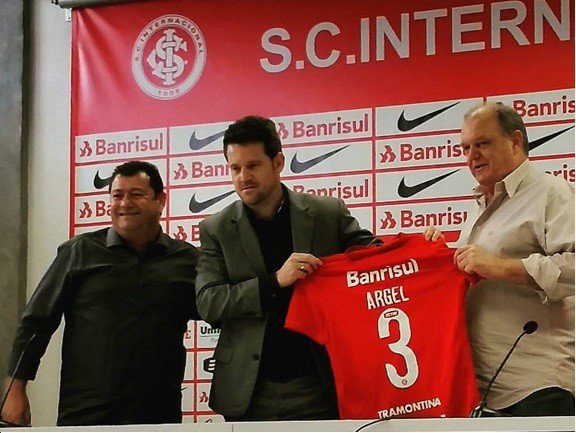 Argel Fucks foi apresentado nesta sexta-feira como novo treinador do Internacional (Foto: S.C. Internacional/Divulgação)