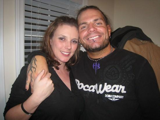 Jeff Hardy With WifeJeff Hardy And His Daughter