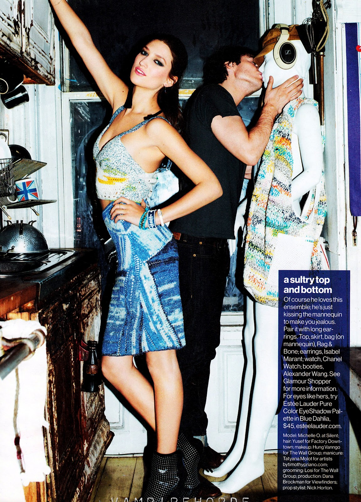 http://2.bp.blogspot.com/-4HeaeodI8l8/T1I023lssfI/AAAAAAAAJsM/iyJLLK6XgZQ/s1600/fashion_scans_remastered-michele_ouellette_ian_somerhalder-glamour_usa-april_2012-scanned_by_vampirehorde-hq-6.jpg