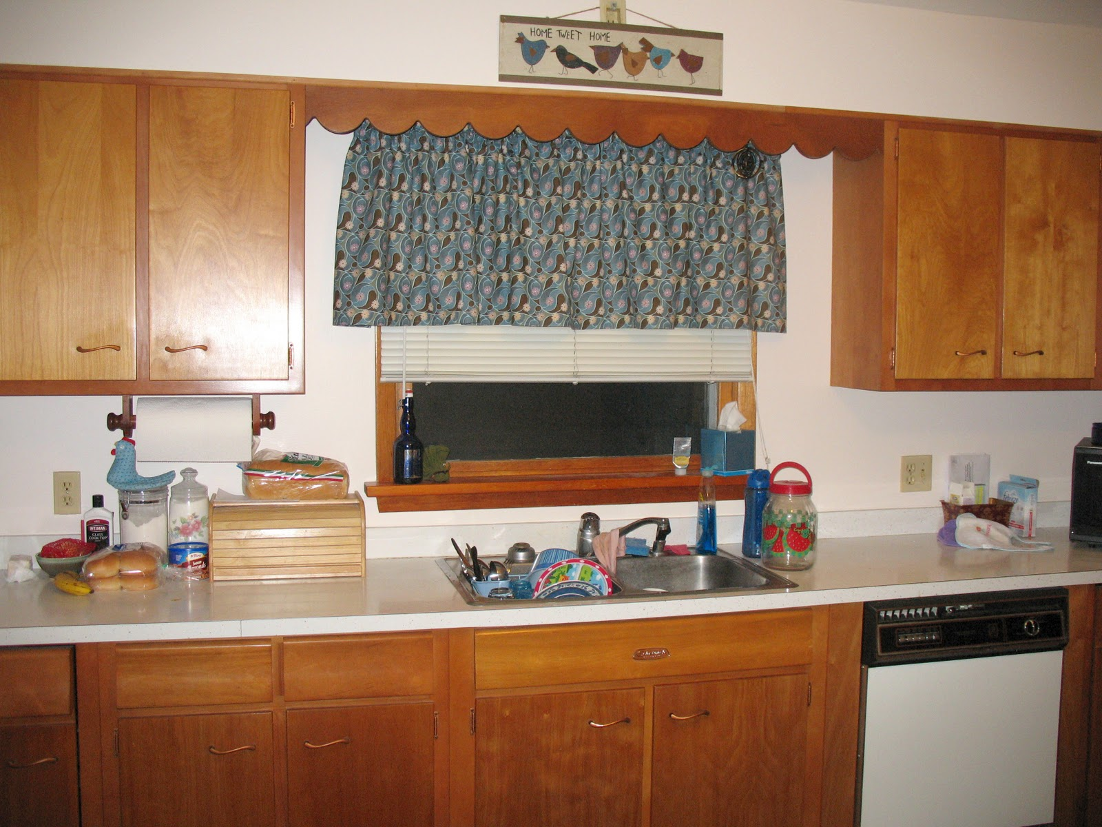http://2.bp.blogspot.com/-4Hg4QOec1PI/TtwNCqM_CgI/AAAAAAAABl8/-ULHcWCqeYo/s1600/kitchen2.jpg