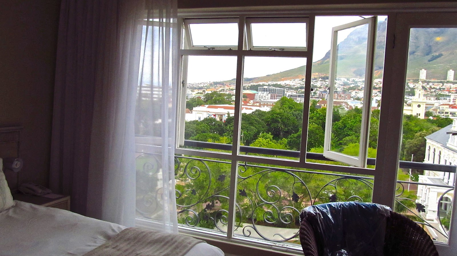 Cape town a boutique hotel the company gardens up for Boutique hotel companies