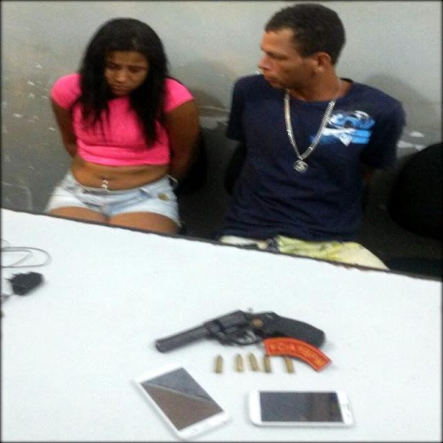 Casal suspeito de assaltos é preso por porte ilegal de arma de fogo