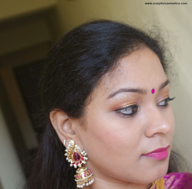 how to wear traditional style gold jhumka